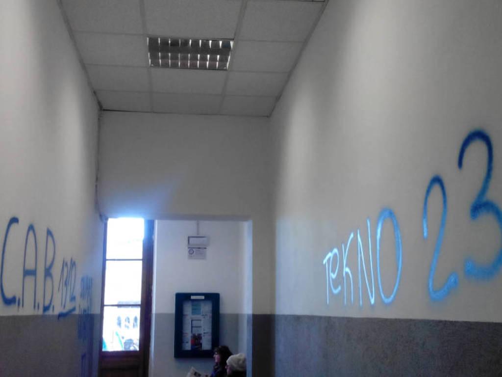 busalla stazione atti vandalici