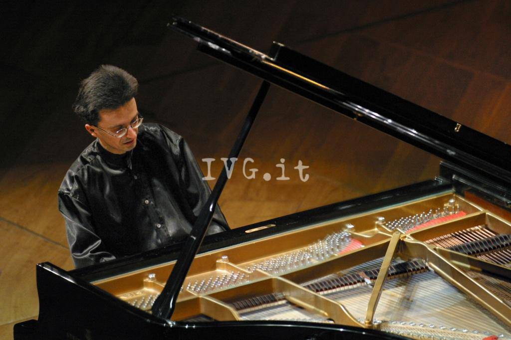 Andrea Bacchetti Pianista