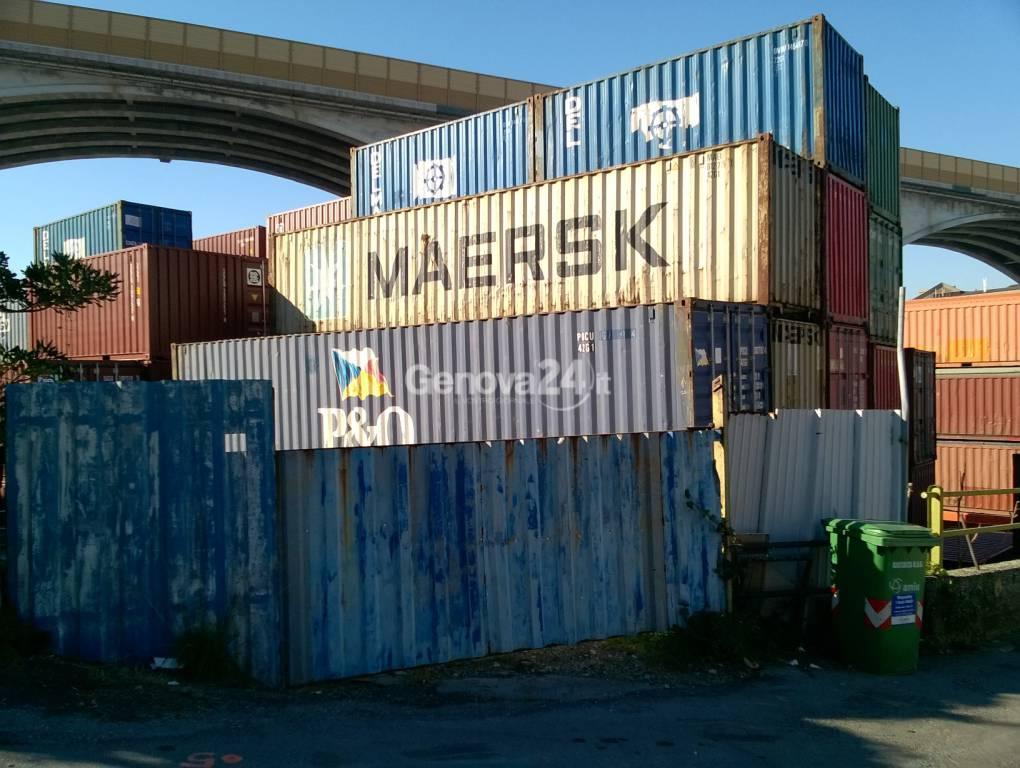 Deposito container via Borzoli