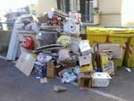 Spazzatura per le strade a Sampierdarena