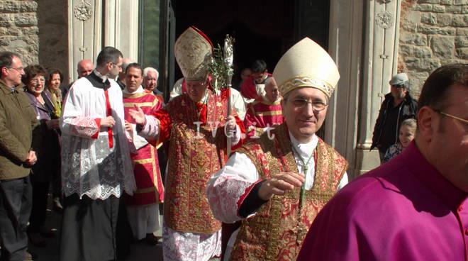 Genova, chiuso Congresso Eucaristico Nazionale: il Santissimo su motovedetta