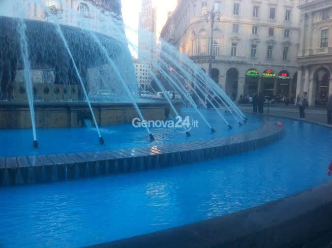 fontana piazza de ferrari azzurra