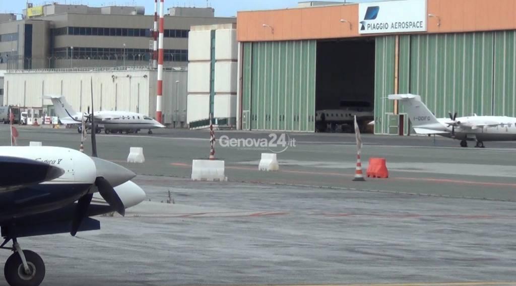 Genova problemi in fase di atterraggio per un p180