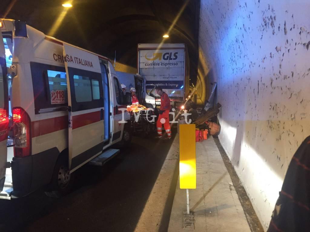 Incidente in A10 all'altezza di Spotorno: verso Ventimiglia traffico paralizzato