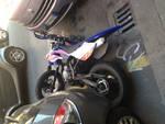 Savona, cade dalla moto e va a sbattere contro una macchina: giovane al pronto soccorso
