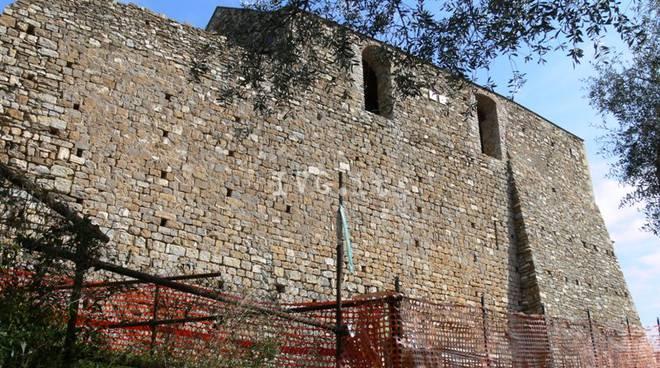 Andora Castello Clavesana Palaxo