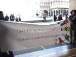 protesta contro porto di santa