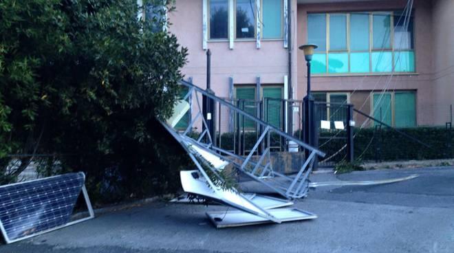 vento forte danni
