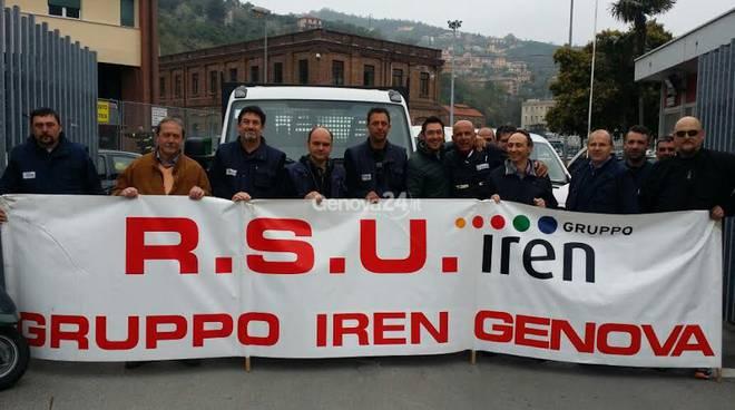 La protesta dei lavoratori di Genova Reti Gas