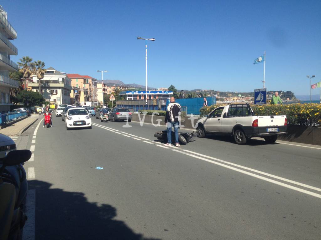 Scontro auto-moto ad Albissola