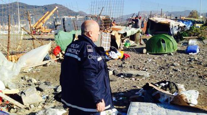 Sgombero del campo rom a Chiavari