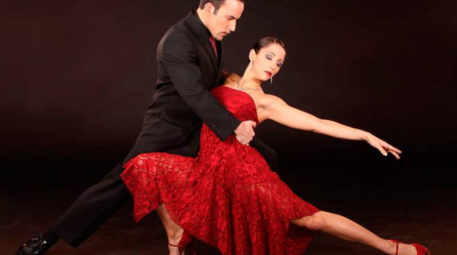 tango ballo