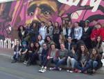 Albenga si colora con il murales del Giro