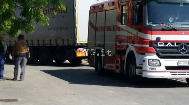 camion incastrato bastia