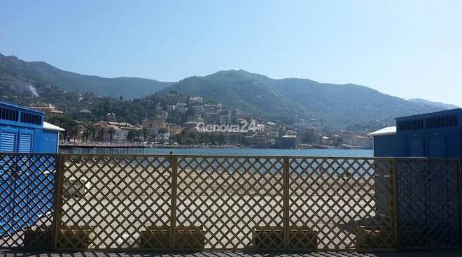 Spiaggia e mare a Rapallo