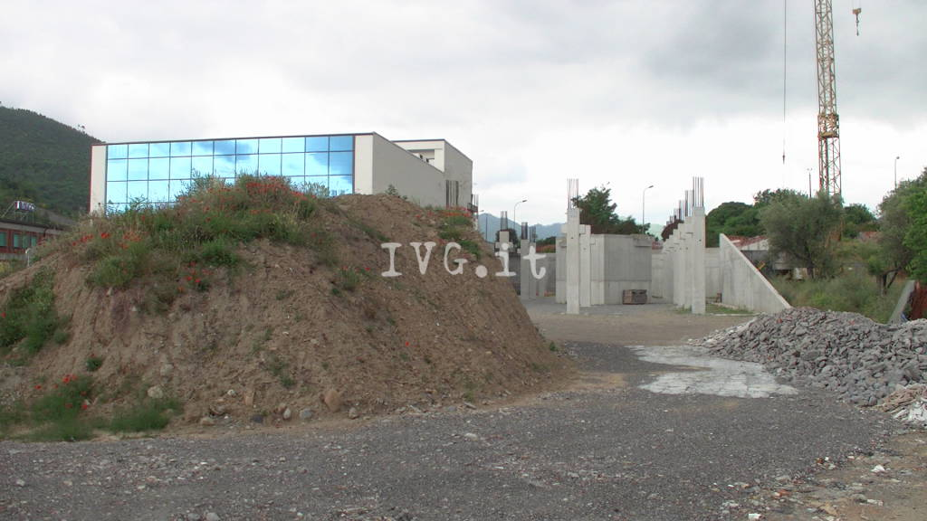 Villanova, sequestrati due capannoni