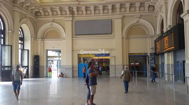 Terminato il restyling riaperto lo storico atrio della - Genova porta principe ...