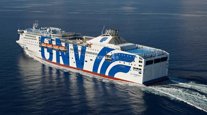 Gnv aperte le prenotazioni per il 2016 collegamento con for Nave sardegna