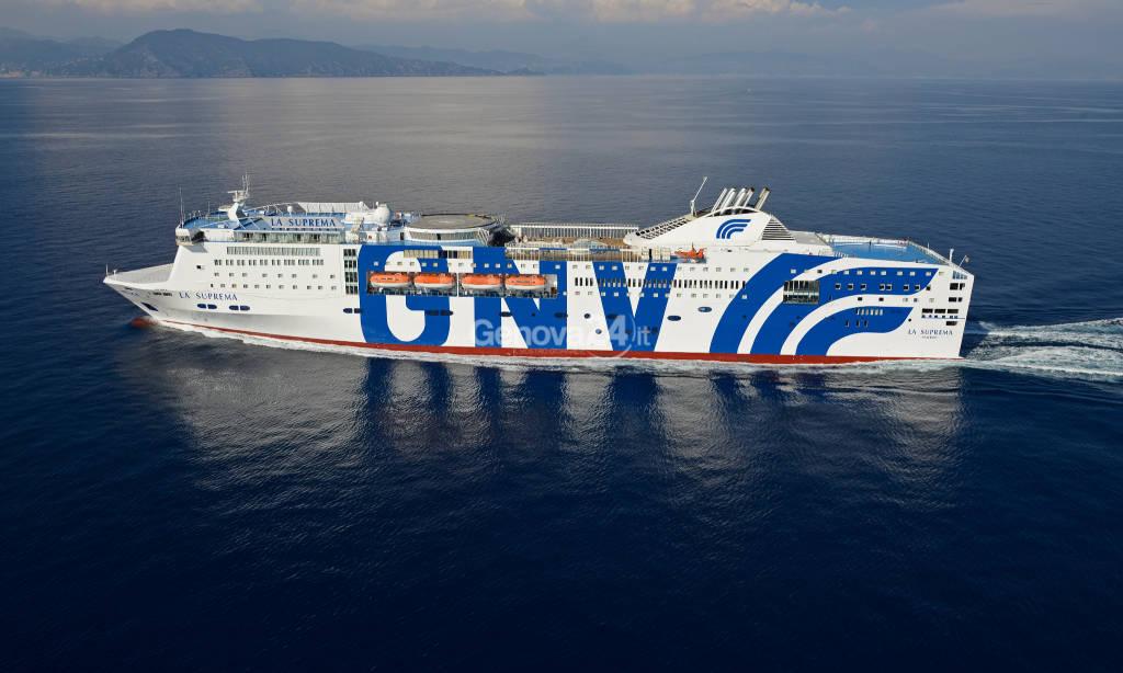 grandi navi veloci livrea