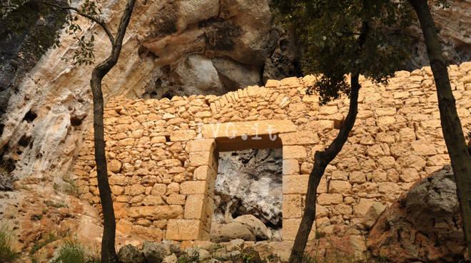 grotta perti