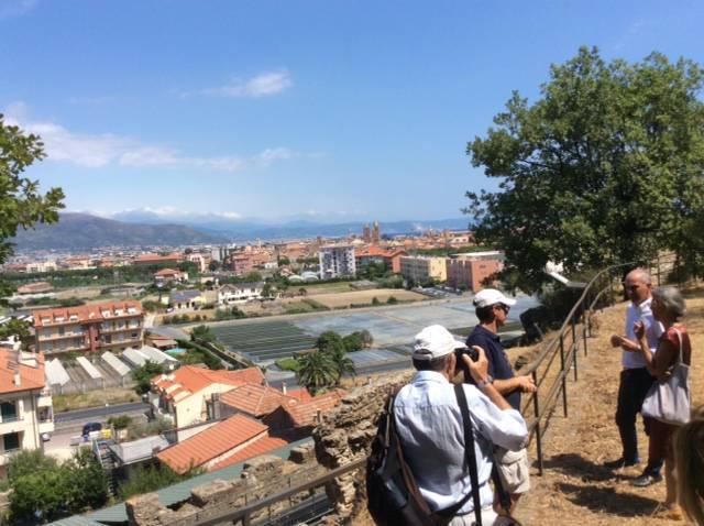 Albenga, il professor Volpe in visita a San Calocero