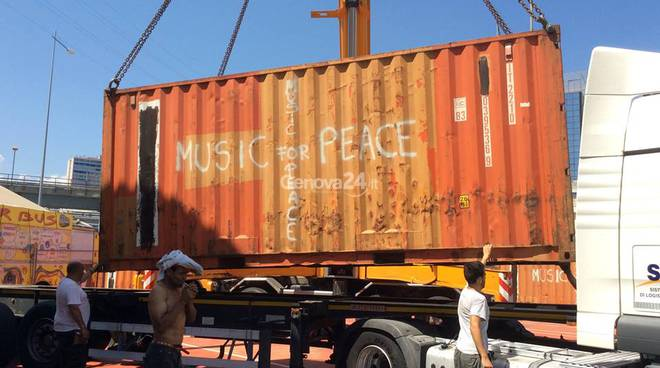 Container di Music for Peace