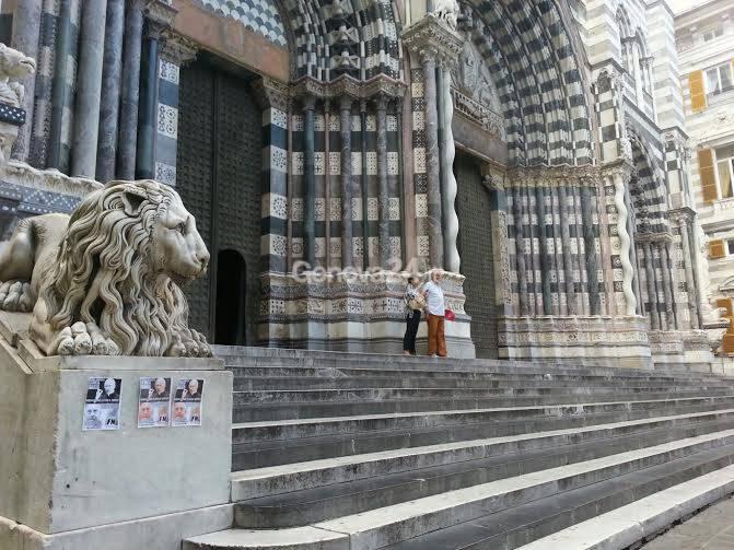 Blitz di Forza Nuova davanti alla Cattedrale