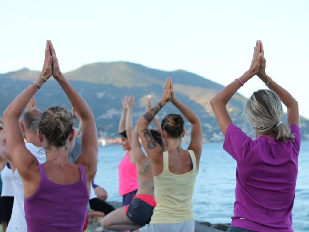 Free Yoga Village