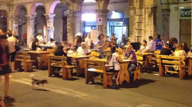 Grande Abbuffata (Foto dalla pagina Facebook del Civ Civediamo in Centro)