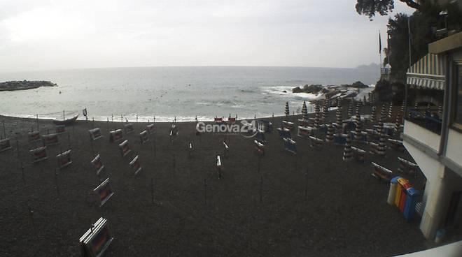 Maltempo, spiaggia di Zoagli
