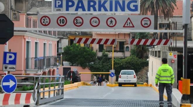 parcheggio silos finale