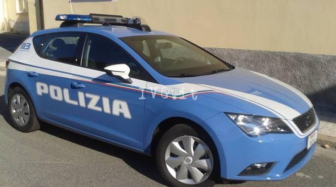 Savona, una nuova auto per la squadra volante della Polizia