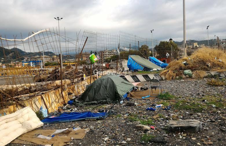 Sgomberato campo rom a Chiavari