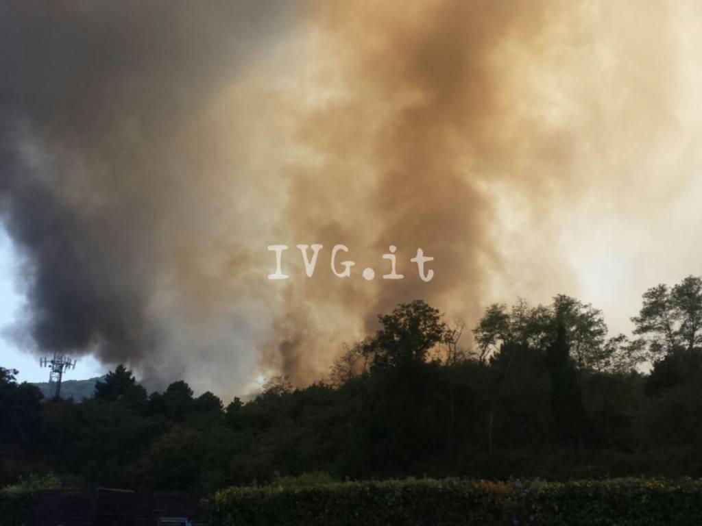 Vado, incendio a San Genesio