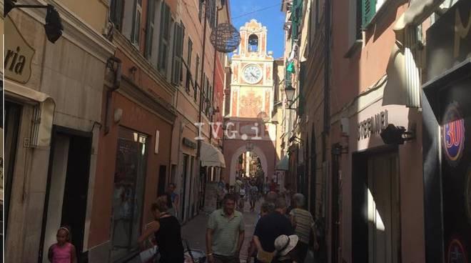 Loano Via Garibaldi Centro Storico