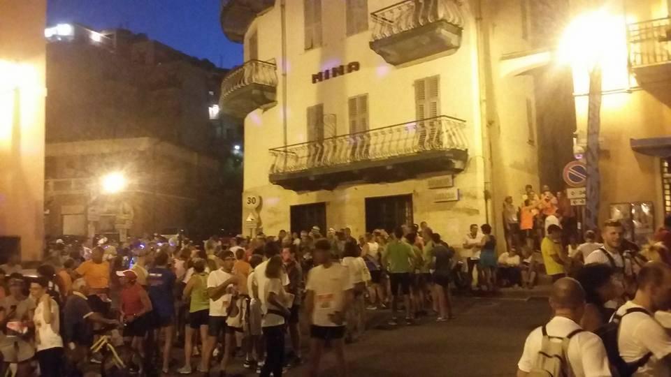 Vertical Roccaro Night
