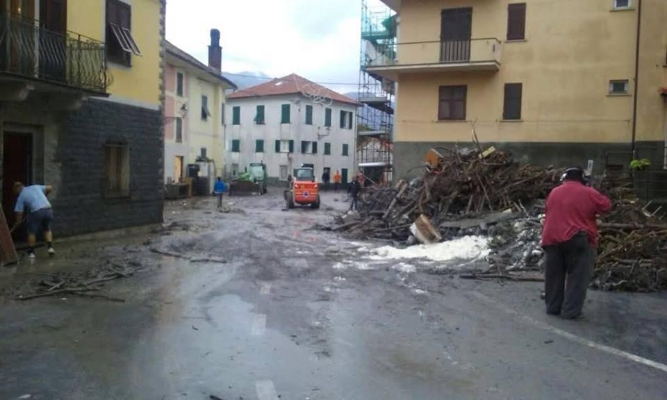 Nubifragio a Montoggio (Foto da Croce Rossa Italiana Comitato Locale Vallescrivia)