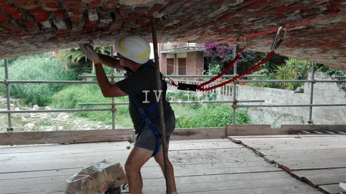 Ripartiti i lavori di restauro del ponte di San Sebastiano a Loano
