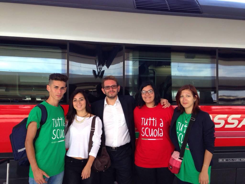 """Albenga, gli studenti del """"Bruno"""" a Napoli per l'inaugurazione dell'anno scolastico"""