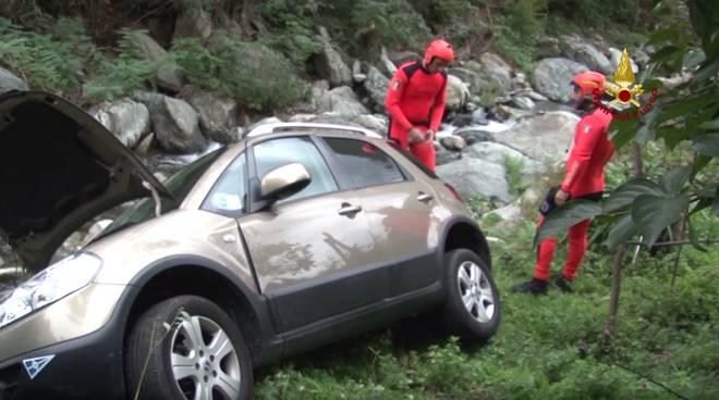 auto fiume arenzano