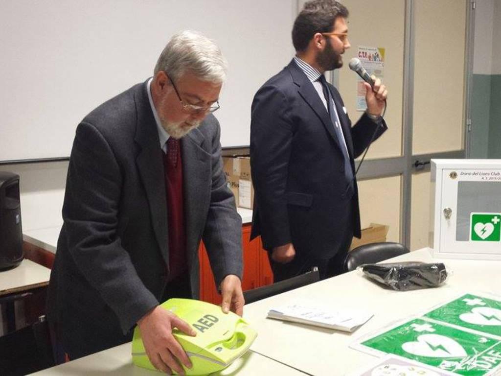 defibrillatore Albenga Lions