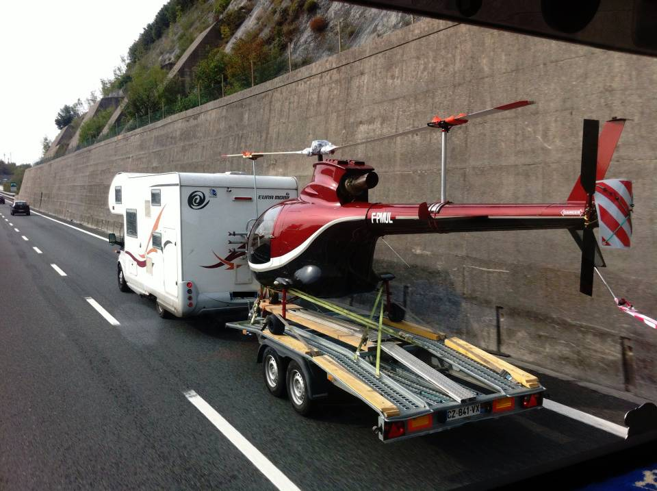 elicottero camper autostrada