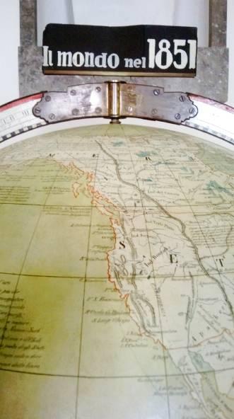 globo terracqueo illustrato