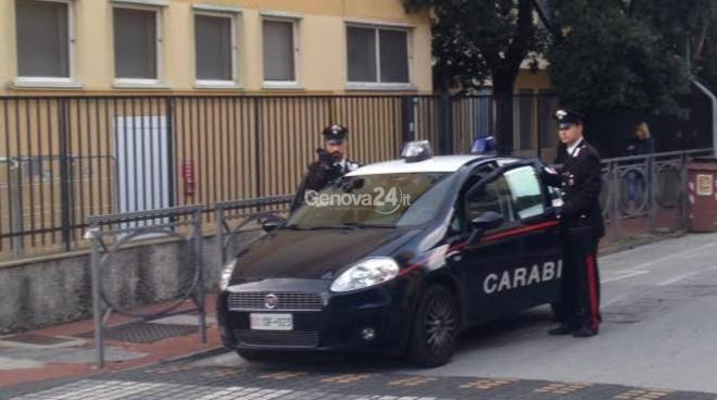 I carabinieri di Santa e Rapallo controllano le scuole