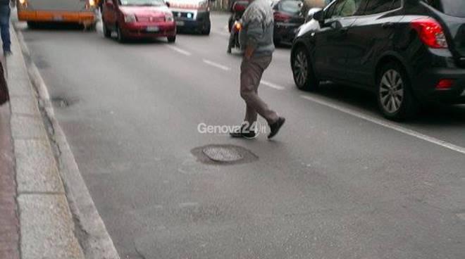 incidente rivarolo piazza pallavicini (foto G. Mulè)