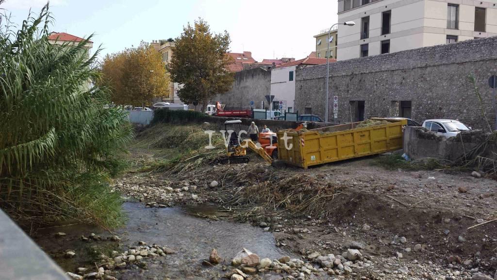 Loano, al via la pulizia del Nimbalto e il restauro della loggetta delle antiche mura