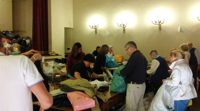 raccolta abiti Caritas