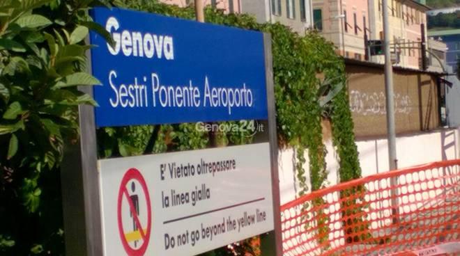 stazione ferroviaria sestri ponente