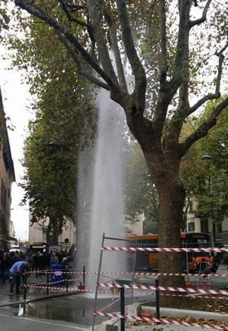 piazza baracca sestri ponente tubatura geyser