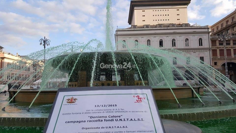 La fontana di De Ferrari si tinge di verde